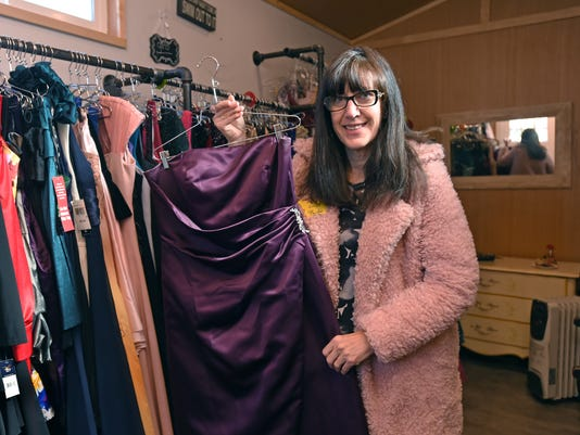 Lexie\'s Prom Boutique is on a mission to make teens pretty for prom
