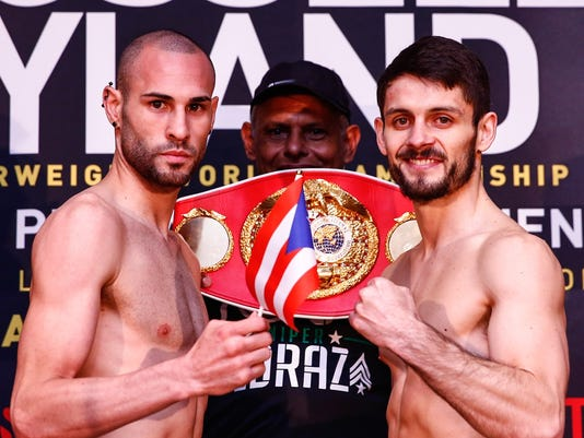 LR_WEIGH IN-PEDRAZA VS SMITH-04152016-6752