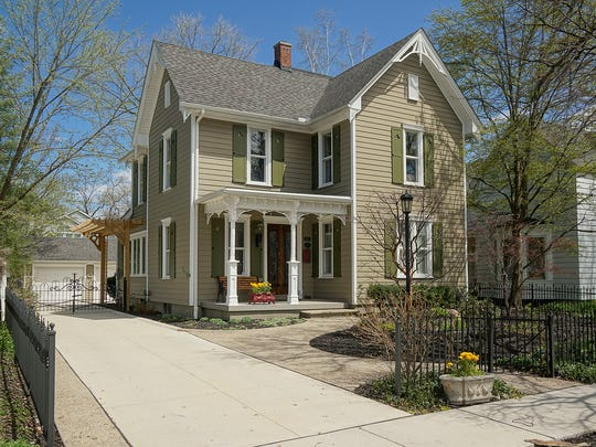Luis Barrio  replicated original gables and shutters on his 1880s-era house.