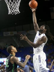 MTSU's Darnell Harris (0) had 18 in the loss.
