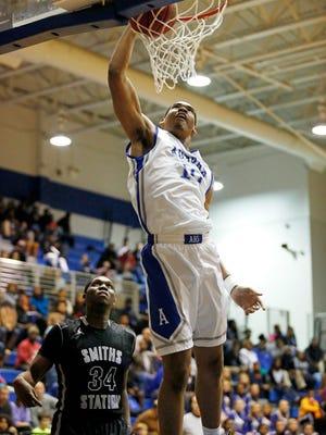 Auburn High's Garrison Brooks signed with MSU in November.