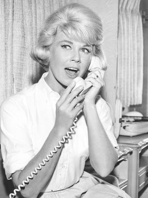 """The life of Beverly Boyer (Doris Day) is turned around in """"The Thrill of It All"""" (1963)."""
