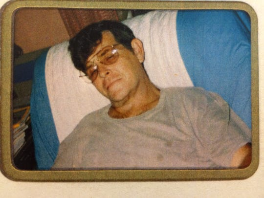 Art Chadwell, resting at home during the summer of 1996, several months after he was diagnosed with pancreatic cancer. He died in September 1996.