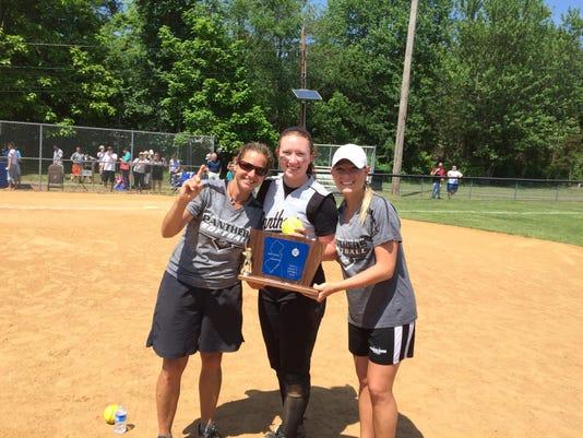 Sandy Baranowski, Sarah Rebetje, Lauren Fitzsimmons celebrate N2IV title 5-2