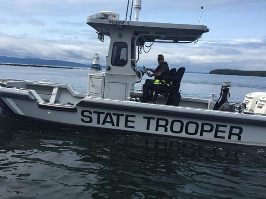 BUR20150602 Boat Safety police