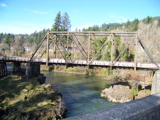 -rr bridge 3.jpg_20150710.jpg