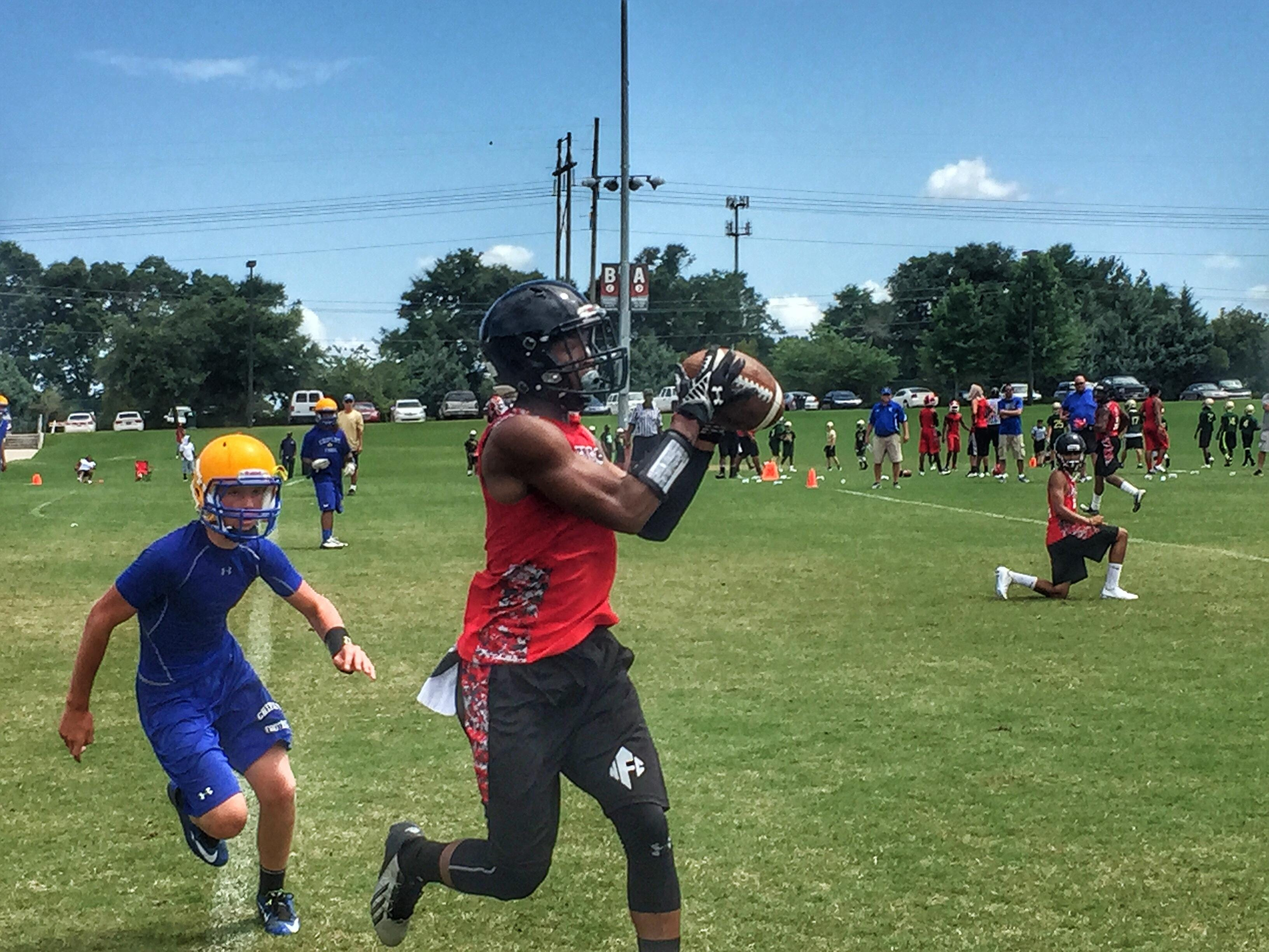 NFC's Korey Charles catches a ball at FSU's 7-on-7 tournament this spring. Charles, a four-star recruit, just committed to Mississippi State.