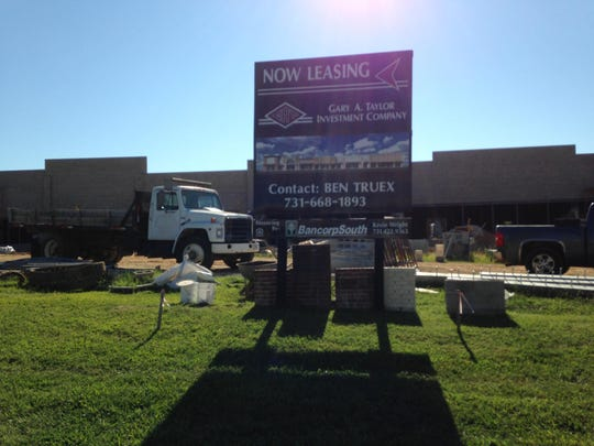 Skechers will occupy 6,000 square feet at 1150 Vann Drive.