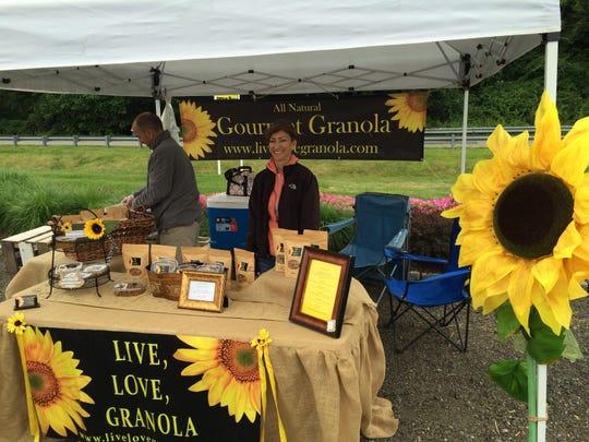 Grande Market Place Live Love Granola