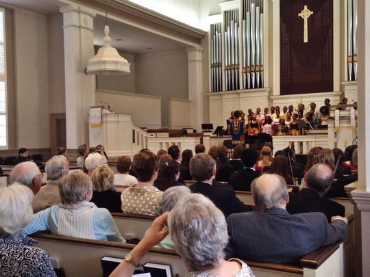 Community members enjoy the Chamber Choir of the University