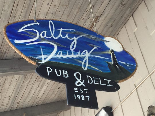 Salty Dog sign 262