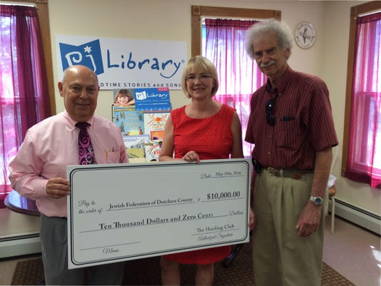 Jewish Federation Accepts Harding Club Gift to PJ Library (002)