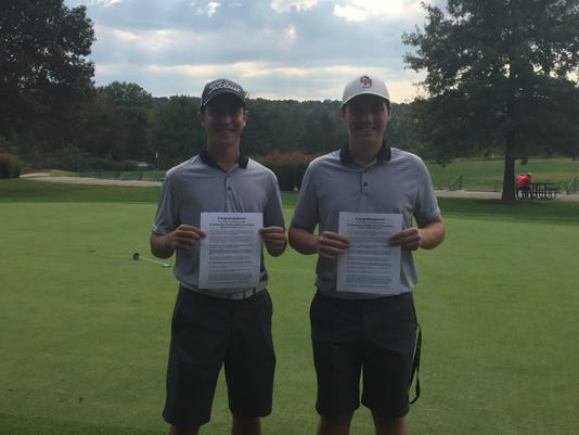 Highlanders qualify trio to district golf