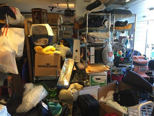 Homes Organizing The Garage (2)