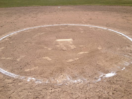SOFTBALL-Mound