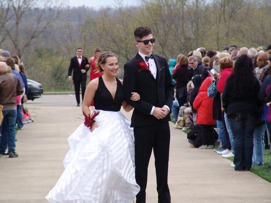 zan maysville prom