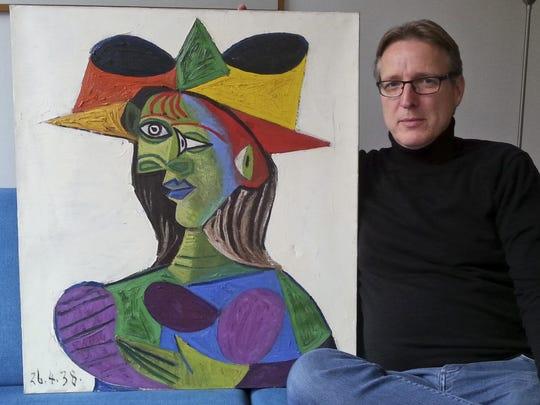 """Dutch art detective Arthur Brand with """"Buste de Femme,"""""""