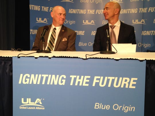 United Launch Alliance CEO Tory Bruno, left, and Blue Origin (and Amazon) founder Jeff Bezos discuss their cooperation. Blue Origin will develop a new rocket engine for ULA.