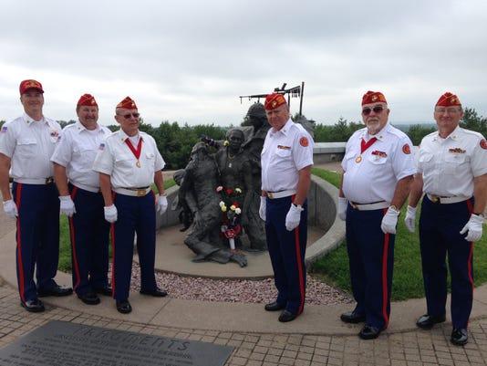 Marines by Vietnam memorial close.JPG