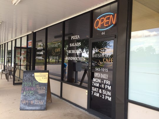 Bayshore Cafe is wedged between a hair salon and a Dollar General store in the Bayshore Center in North Fort Myers.