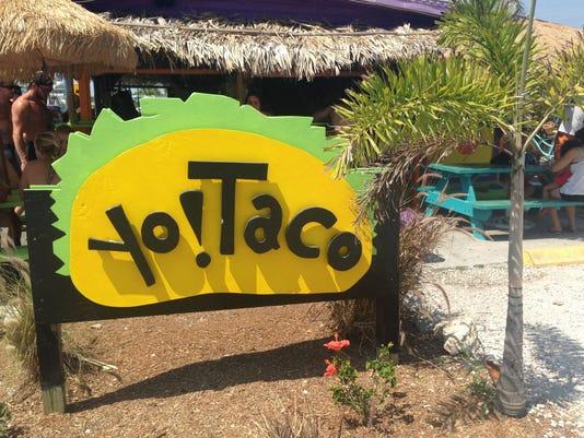 Yo! Taco sign