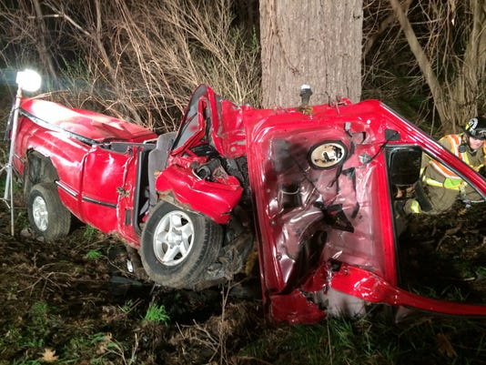 Responders save man trapped in Rt  96 crash