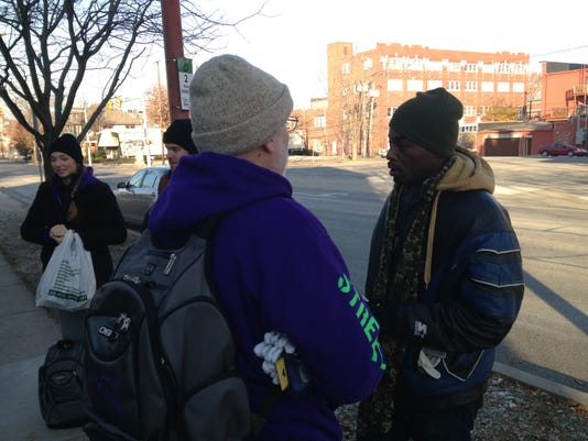 -LAFBer_11-24-2014_JC_1_A001~~2014~11~23~IMG_1_homeless_outreach_1_1_6C95MHS.jpg
