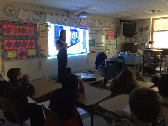 Wisconsin's 67th Alice in Dairyland, Zoey Brooks, gives a presentation on the topic of Wisconsin agriculture to Jefferson Elementary School fourth graders March 25.