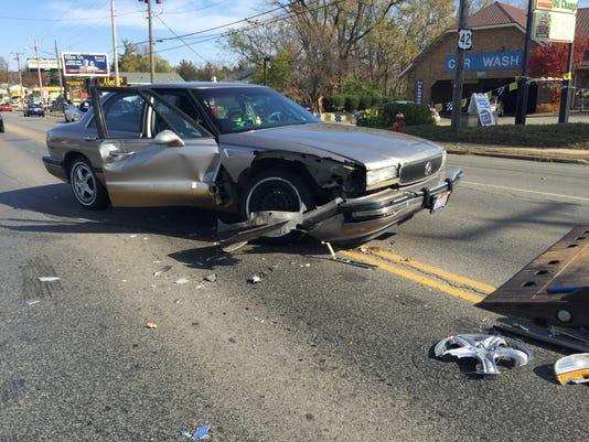 MNJ 1104 Lex avenue crash 1