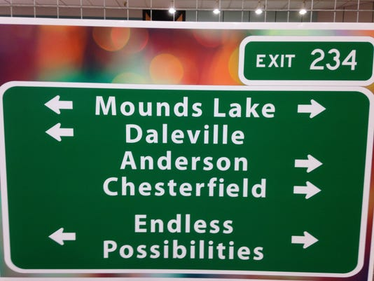 -mounds sign.jpg_20140818.jpg