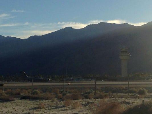 militarycargoplane_lands.JPG