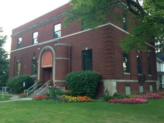 Charlotte library.JPG