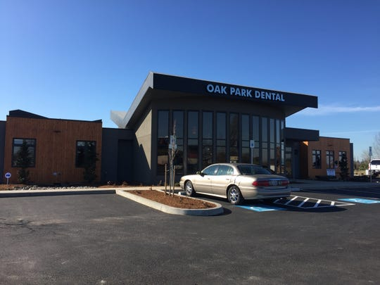Oak Park Dental welcomed the public to an open house of its new, state-of-the-art facility in northeast Salem.