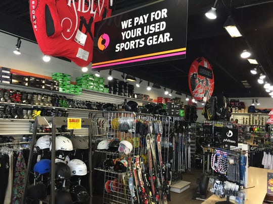Play it Again Sports is closing its southern Sioux Falls location.