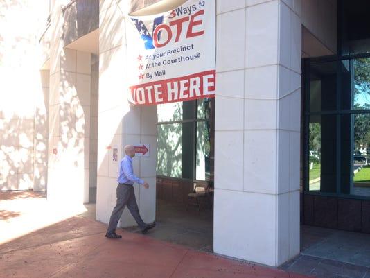 EARLY VOTE 2.JPG