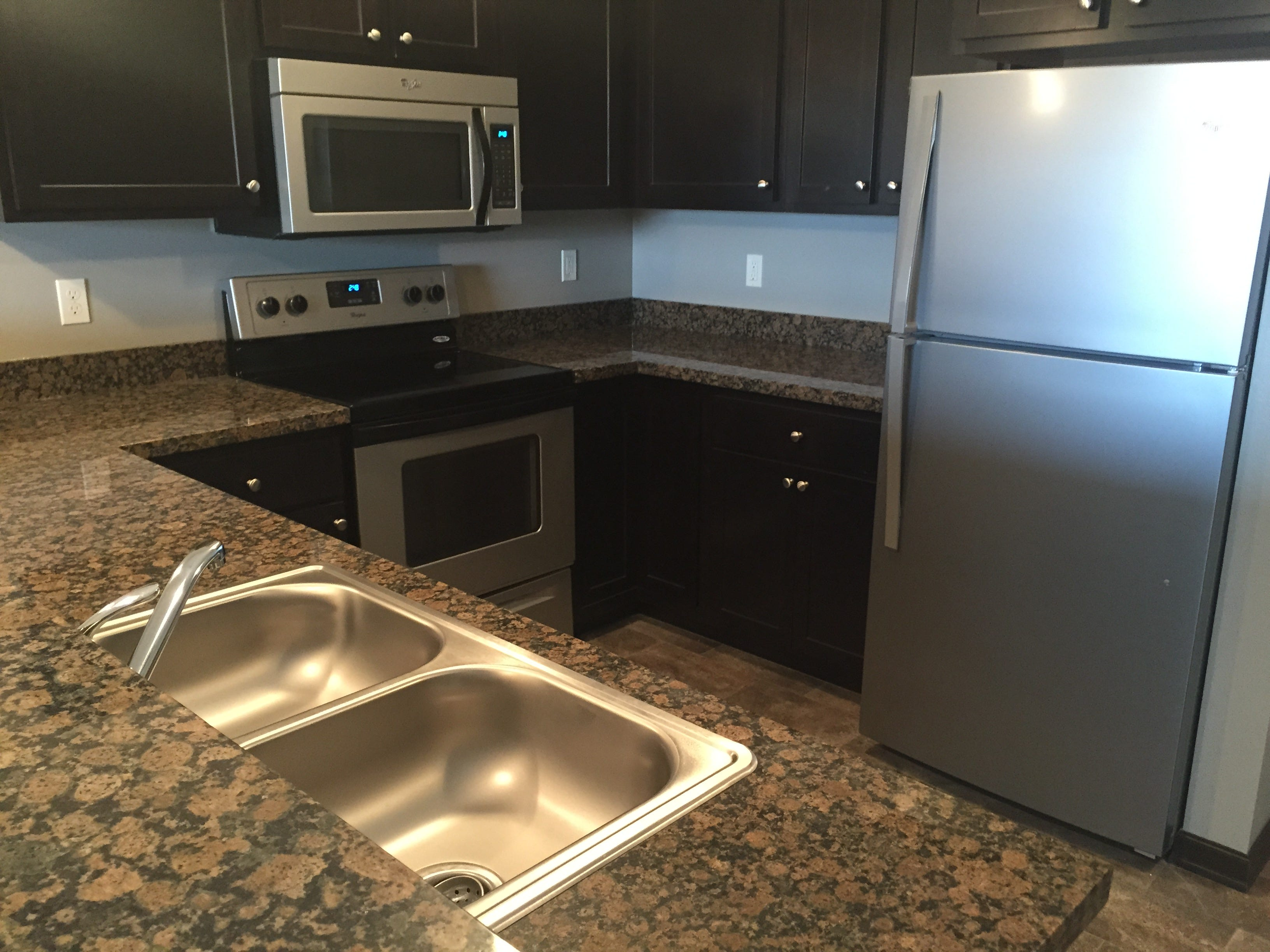 Genial All Apartments In The Village At Three Fountains Have Granite Countertops.  (Photo: Jodi Schwan / Sioux Falls Business Journal)