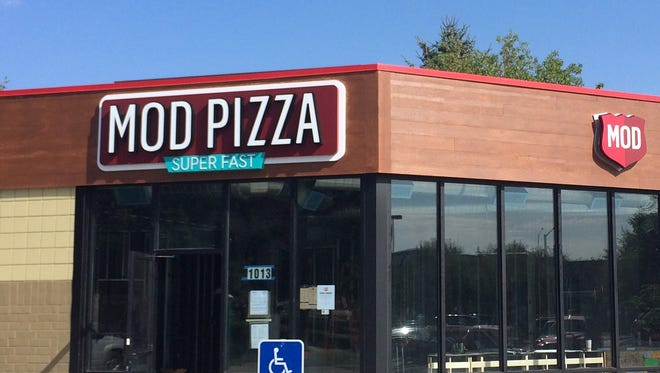 Fast casual pizzeria chain Mod Pizza is scheduled to open in Fort Collins on Oct. 19.
