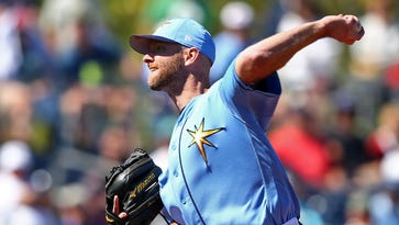 Rays recall Jonny Venters, who's back in MLB for first time since 2012 after 3 elbow blowouts