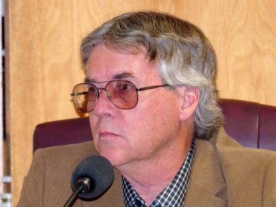 Ruidoso Councilor John Cornelius assured a women liviing near the annexed area, she would not be forced to connect to utilities.