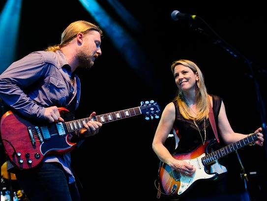 Derek Trucks and Susan Tedeschi of the Tedeschi Trucks