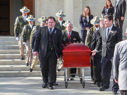 636196734835656498-benoit-funeral-1.jpg