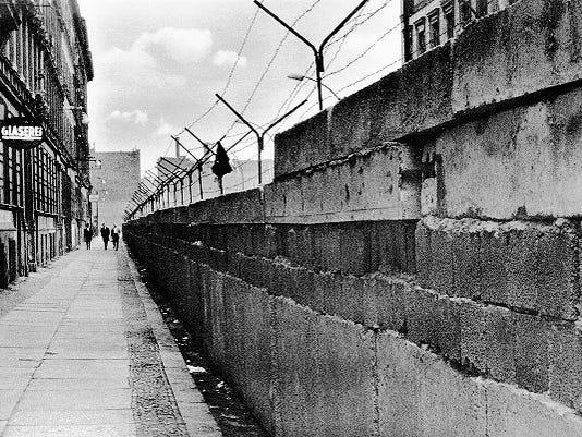 The-Berlin-Wall.jpg