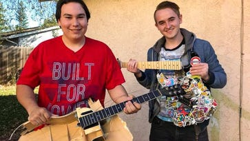 Teen drops out of college to help sick friend complete bucket list