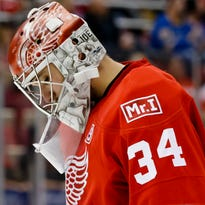 Which goalies will Detroit Red Wings expose to Vegas?