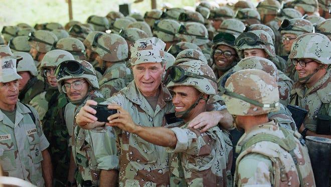 President George H.W. Bush visits U.S. troops in Baidoa, Somalia, on Jan. 1, 1993.
