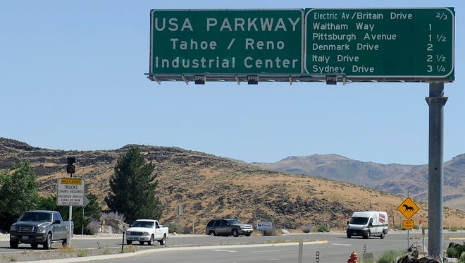 Lane closures and more traffic signals are set for USA Parkway.