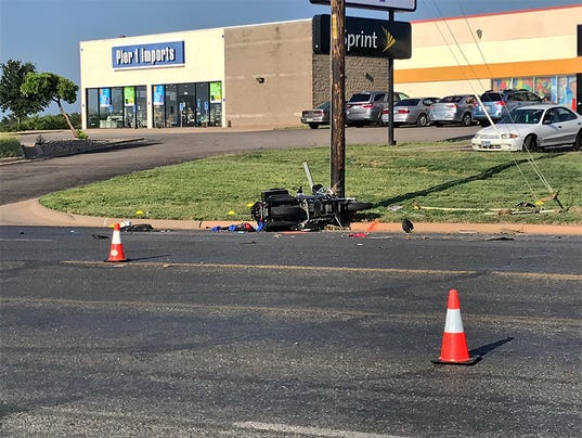 Motorcycle wreck on Sunset