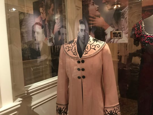 Titanic Movie Costumes Showing Off At Pigeon Forge Museum