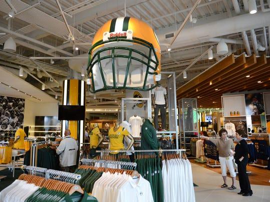 -GPG Packers Pro Shop082.jpg_20140716.jpg
