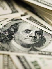 El peso cerró el lunes en 14,40 por dólares y el martes